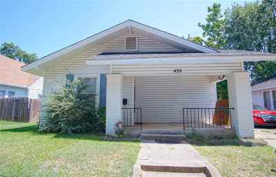 Single Family Home New: 426 SW H Street