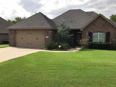 Carter County Single Family Home For Sale: 402 Hidden Path