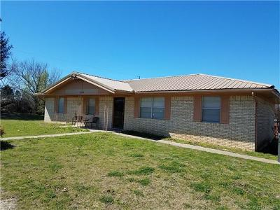 Ada OK Single Family Home For Sale: $105,000