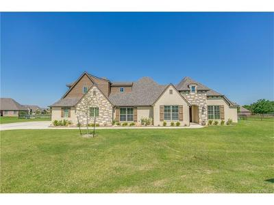 Owasso Single Family Home For Sale: 7022 N 197th East Court