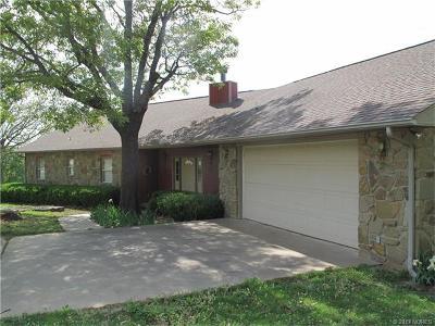 Cookson OK Single Family Home For Sale: $295,000