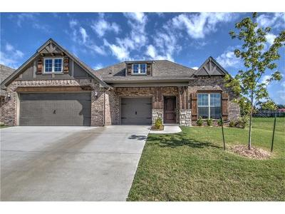 Jenks Single Family Home For Sale: 2605 W 111th Place S
