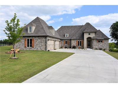 Claremore Single Family Home For Sale: 8230 Overlook Trail