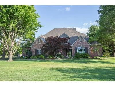 Jenks Single Family Home For Sale: 2318 W 113th Court S