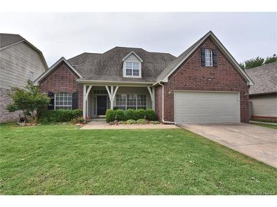 Jenks Single Family Home For Sale: 2914 W F. Street
