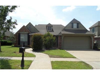Owasso Single Family Home For Sale: 10400 N 114th East Avenue