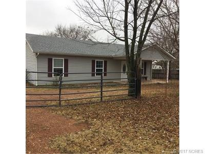 Asher OK Single Family Home For Sale: $59,900