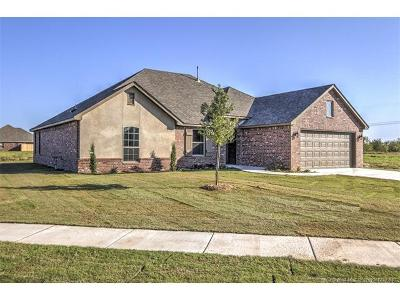 Collinsville Single Family Home For Sale: 13801 N 132nd East Avenue