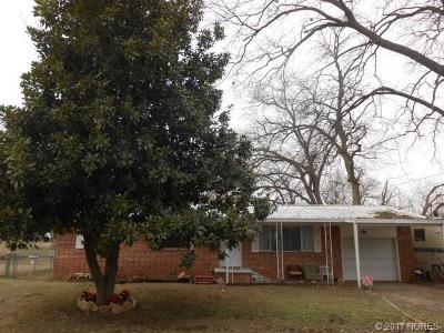 Stonewall OK Single Family Home For Sale: $77,500