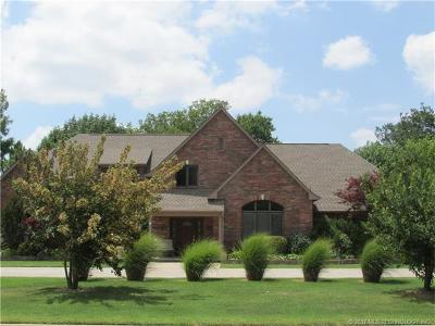 Claremore Single Family Home For Sale: 1509 NE Oakridge Drive