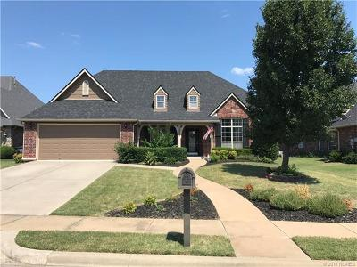 Jenks Single Family Home For Sale: 12003 S Vine Street