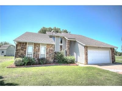 Collinsville Single Family Home For Sale: 13106 N 150th East Avenue
