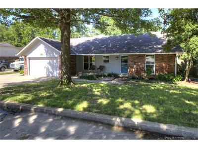 Claremore Single Family Home For Sale: 1027 N Miller Drive