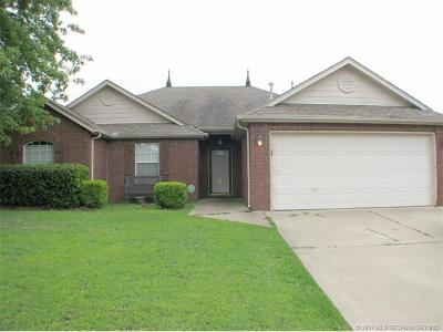 Collinsville Single Family Home For Sale: 11839 N 107th East Place