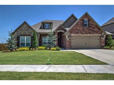 Jenks Single Family Home For Sale: 10803 S Sycamore Street