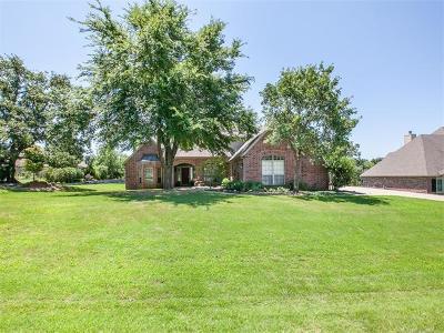 Sapulpa Single Family Home For Sale: 4120 Dogwood Place