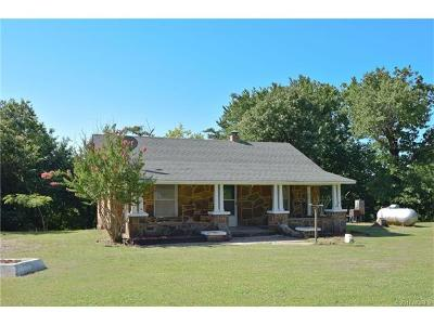 Skiatook Single Family Home For Sale: 15268 Rock School Road