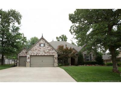 Jenks Single Family Home For Sale: 405 E 119th Street S