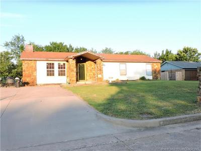 Sapulpa Single Family Home For Sale: 1419 Forest Street