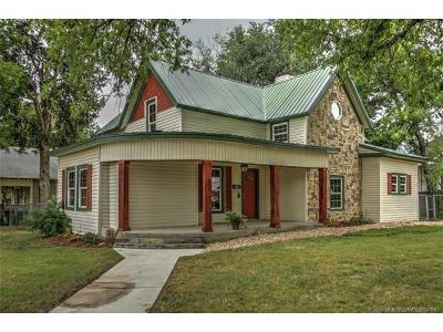 Sapulpa Single Family Home For Sale: 302 S Water Street