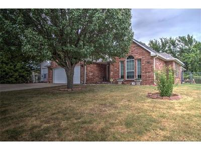 Sand Springs Single Family Home For Sale: 4817 S McKinley Avenue