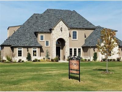 Owasso Single Family Home For Sale: 6404 N Indigo Trail