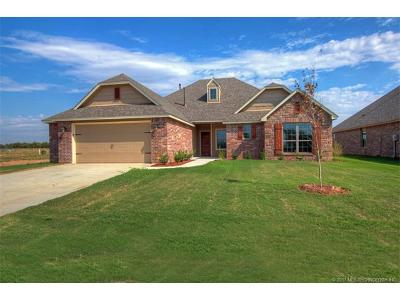 Collinsville Single Family Home For Sale: 13755 N 130th East Avenue
