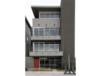 Tulsa Condo/Townhouse For Sale: 617 E 3rd Street