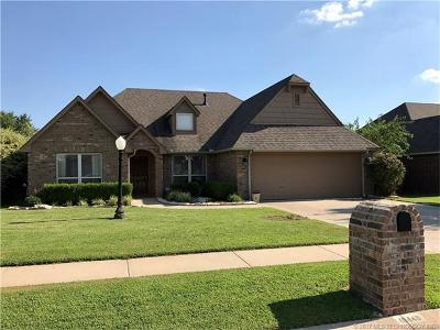 Collinsville Single Family Home For Sale: 10448 E 143rd Court North