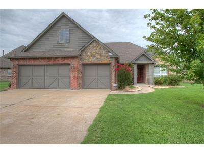 Claremore Single Family Home For Sale: 26585 Columbia Crest Drive