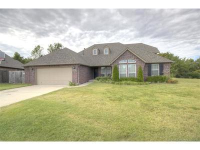 Owasso Single Family Home For Sale: 9300 E 91st Street North