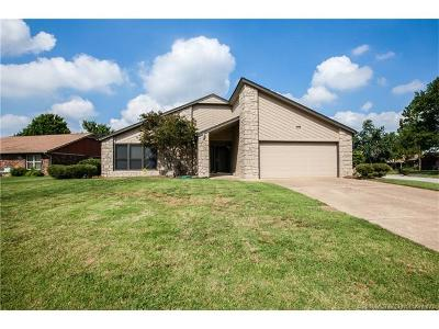 Jenks Single Family Home For Sale: 11232 S Emerson Place