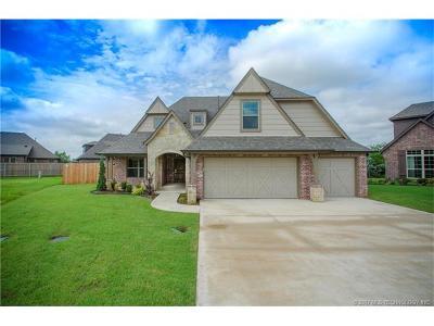 Broken Arrow Single Family Home For Sale: 3739 S Fir Boulevard