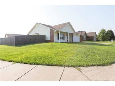 Owasso Single Family Home For Sale: 11217 N 118th East Avenue