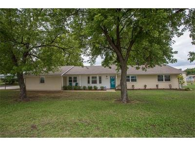 Jenks Single Family Home For Sale: 211 E G. Street
