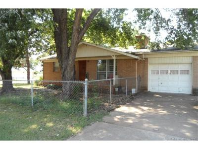 Sand Springs Single Family Home For Sale: 4308 Maple Drive