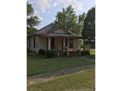 Owasso Single Family Home For Sale: 202 E 3rd Avenue