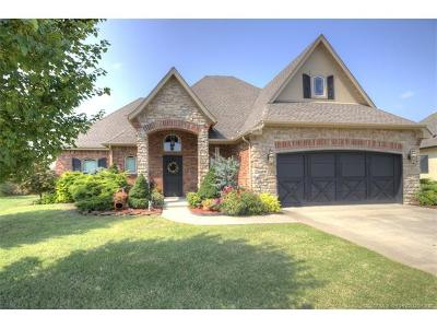Claremore Single Family Home For Sale: 26490 Foxen Drive