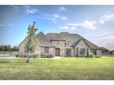 Claremore Single Family Home For Sale: 5226 Hickory Hollow Drive