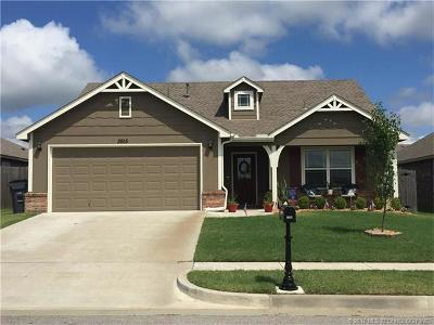 Jenks Single Family Home For Sale: 3915 W 105th Street S