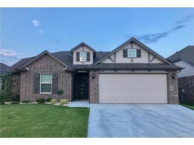 Owasso Single Family Home For Sale: 11305 N 147th East Place