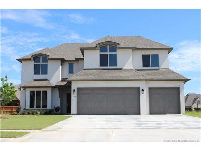 Jenks Single Family Home For Sale: 213 W 128th Place S