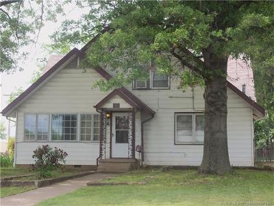 Sapulpa Single Family Home For Sale: 100 N Linden Street