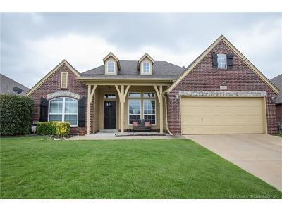Broken Arrow Single Family Home For Sale: 4809 E Dallas Street