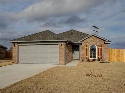 Glenpool Single Family Home For Sale: 14644 Maple Avenue
