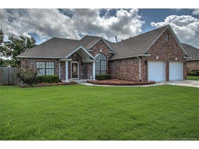 Broken Arrow Single Family Home For Sale: 1411 E Concord Place