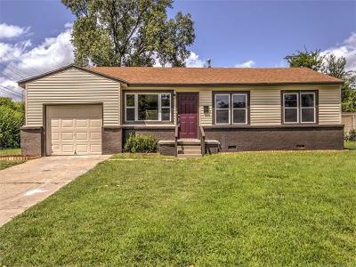 Tulsa Single Family Home For Sale: 4115 E 28th Place