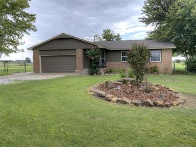 Claremore Single Family Home For Sale: 20525 S 4230 Road