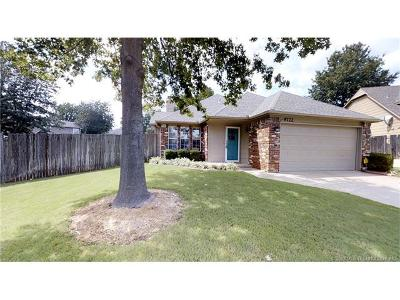 Tulsa Single Family Home For Sale: 9722 S 95th East Avenue