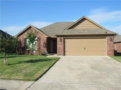Broken Arrow Single Family Home For Sale: 3312 S 208th East Avenue